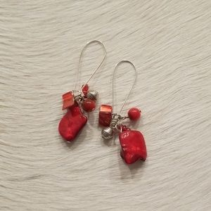 Jewelry - Dangling earrings